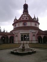 J. Hradec - hrad a zámek (Rondeo)